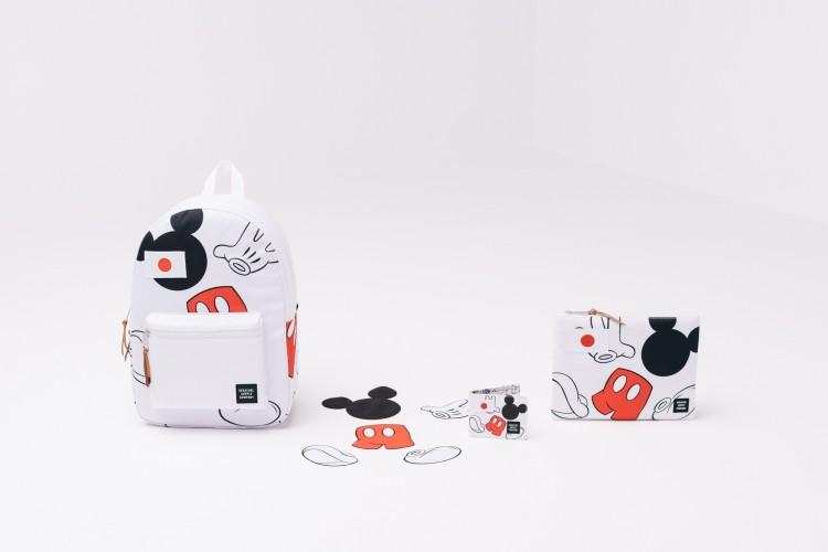 S16_MickeyMouse_Lifestyle_WEB_herschel