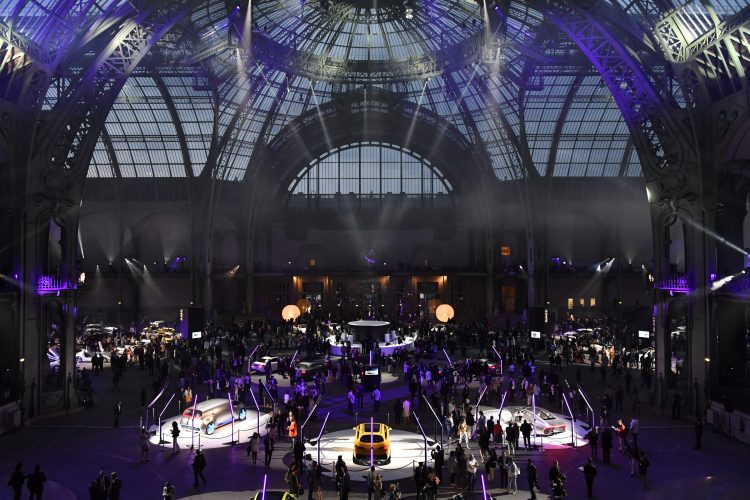 LA NUIT A LA BELLE ETOILE MERCEDES-BENZ LAPPOMS LIFESTYLE BLOG GRAND PALAIS AMG
