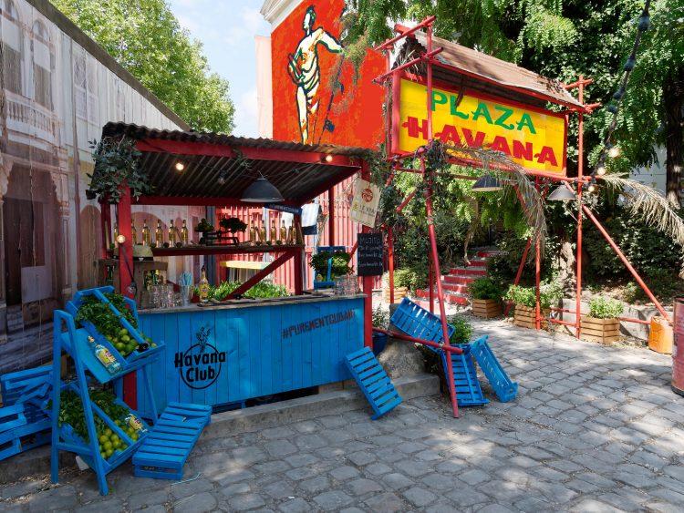 Plaza Havana cafe A lappoms Lifestyle blog