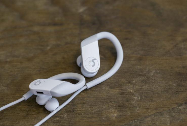 playlist PowerBeats White Beats by Dre Lappoms Lifestyle Blog