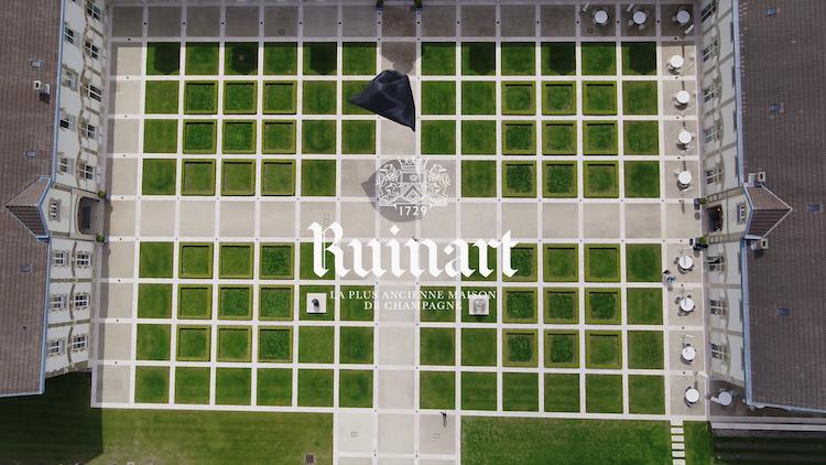 Reims, TOMÁS SARACENO, RUINART, AEROCENE, INSTALLATION PERMANENTE, VIGNOBLE, lappoms, lifestyle blog